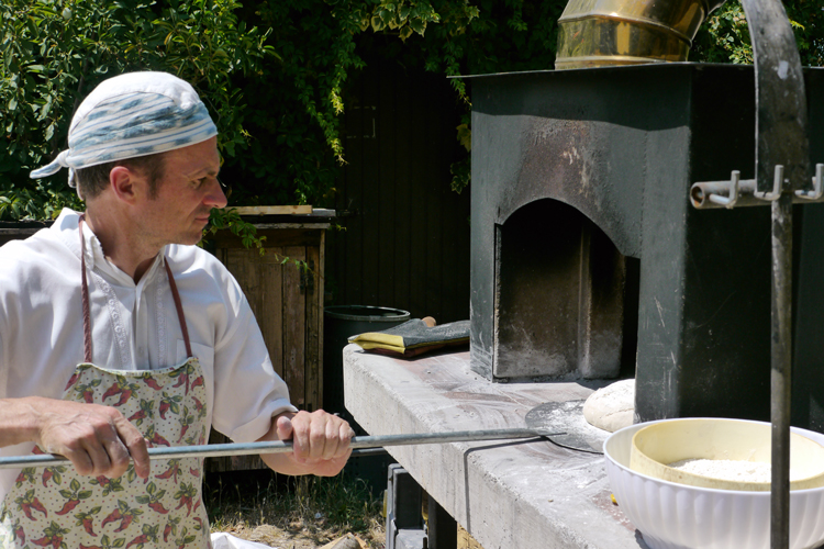 Tenuta di Fassia, bread maker